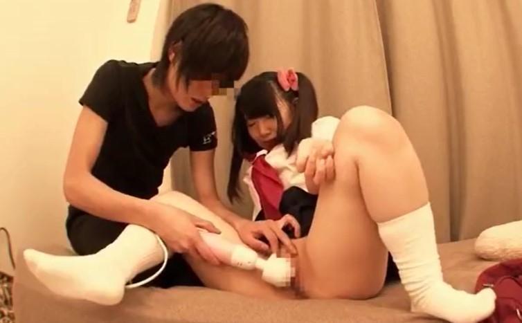愛須心亜 自宅に連れ込みナンパでパイパン着衣セックスでイキまくり