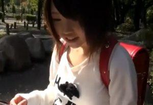 沢田あいり 発育途中の小〇生の一本スジツルマンにチンポをねじ込む